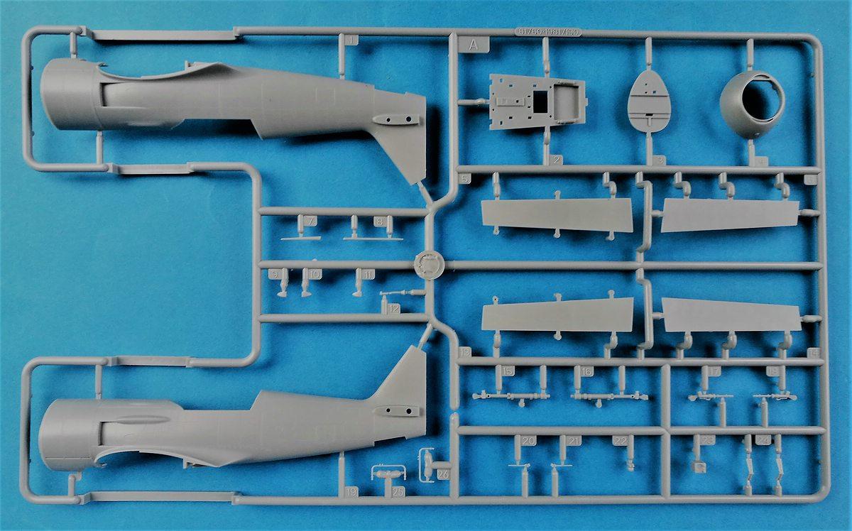 HobbyBoss-81760-La-11-Fang-3 Lavochkin -11 Fang in 1:48 von HobbyBoss # 81760