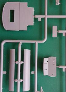 ICM-35664-Model-T-1917-Utility-3-214x300 ICM 35664 Model T 1917 Utility (3)