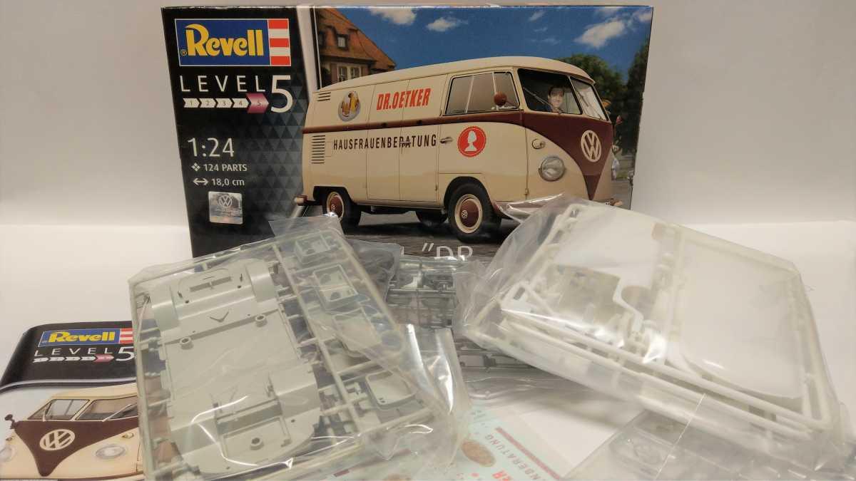"""Revell-07677-VW-T1-Dr.-Oetker-3 VW T1 """"Dr. Oetker"""" von Revell (1/24) #07677"""